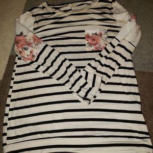 Long Sleeve Shirt Size - L (EUC)